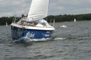 Freedom yachting charter